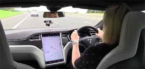 Tesla Satnav